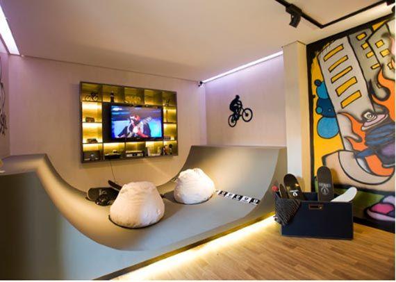 Skater Room | Skateboard bedroom, Skateboard room, Bedroom ...