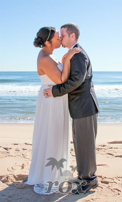 October Beach Wedding Elopement In Ocean City Maryland Https Www Oceancitybeachwedding