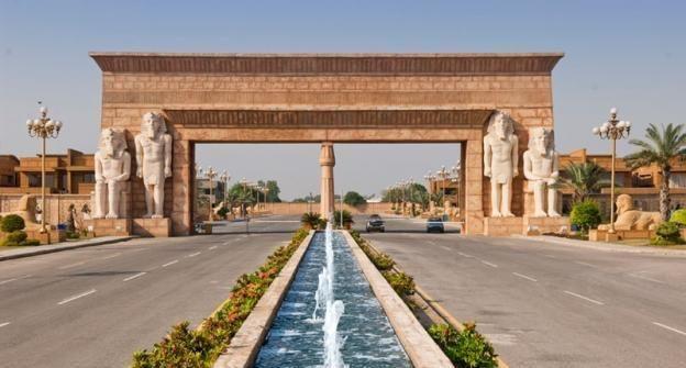 Bahria Ahram e Misr, Lahore, an ancient-Egyptian themed gated development