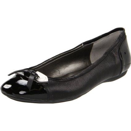 Bandolino Shoes, Woundup Flats.  Just got these and they are ubber cute & comfy too!