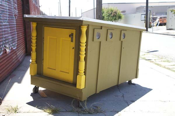 Artist Turns Garbage Into Micro Houses For Homeless In His Area In 2020 Homeless Shelter Homeless Housing Tiny House California