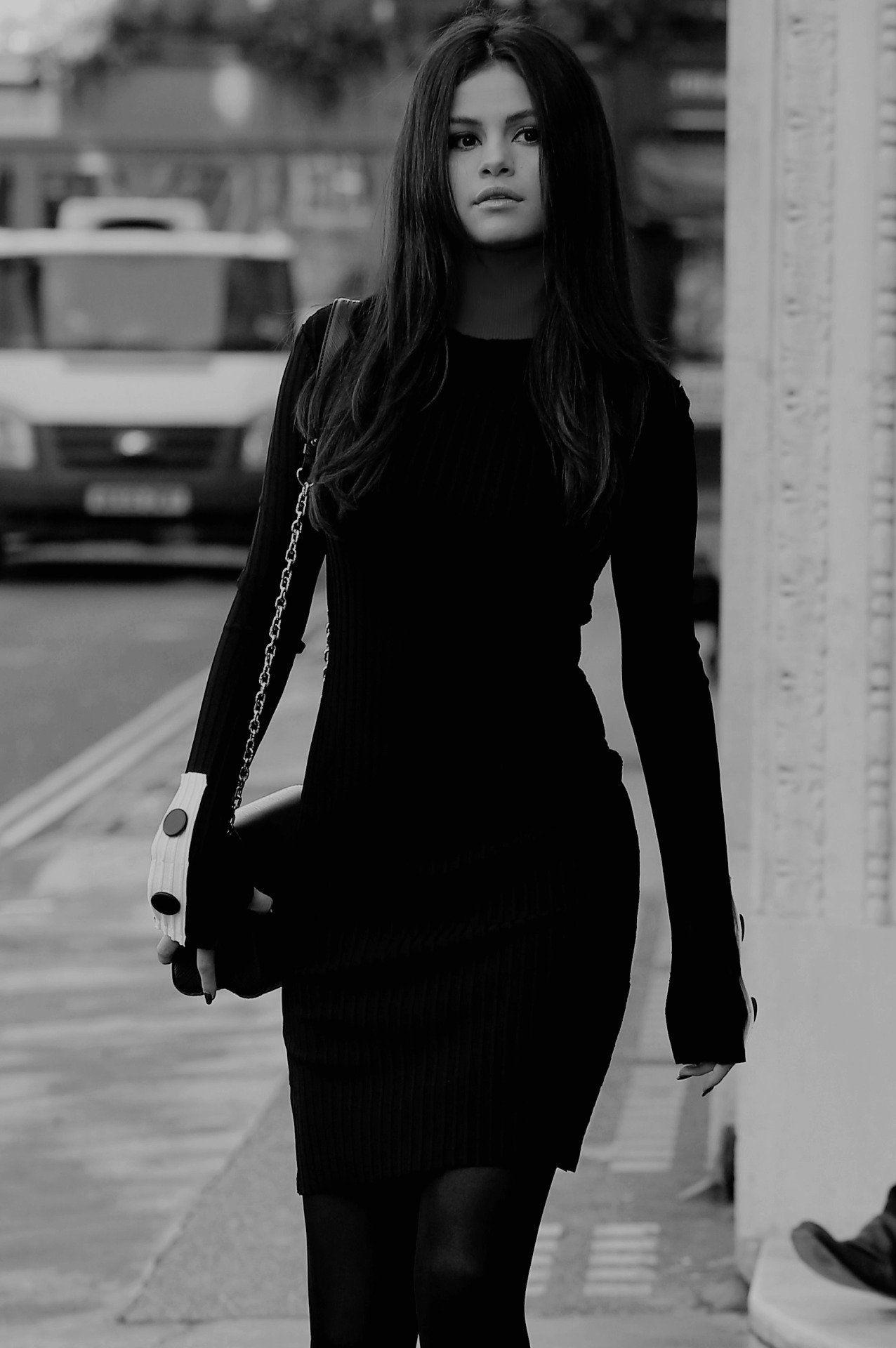 Selina Gomez | hot musical women in 2019 | Selena gomez style, Selena gomez, Selena gomez outfits