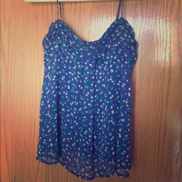 Navy Patterned Flowy AEO Tank Adorable tank top, it just doesn't look good on my tiny chest! Adjustable straps, flowy material. American Eagle Outfitters size XS. American Eagle Outfitters Tops Tank Tops