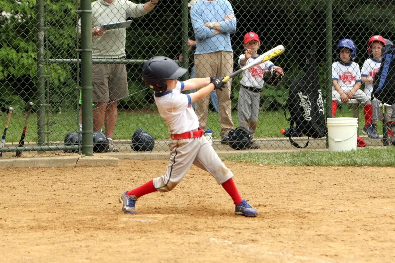 Check Out This Little Slugger With The Axe Phenom Softball Bats Baseball Baseball Softball