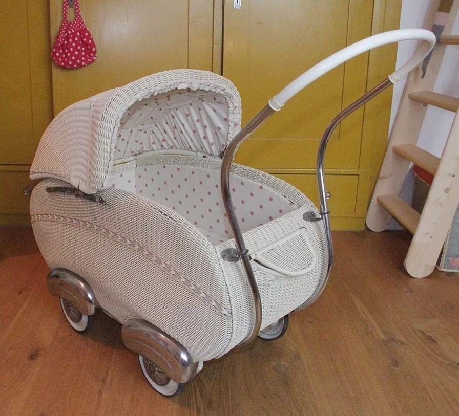vintage kinderwagen 50er jahre wohnen und einrichtung pinterest kinderwagen 50er jahre. Black Bedroom Furniture Sets. Home Design Ideas