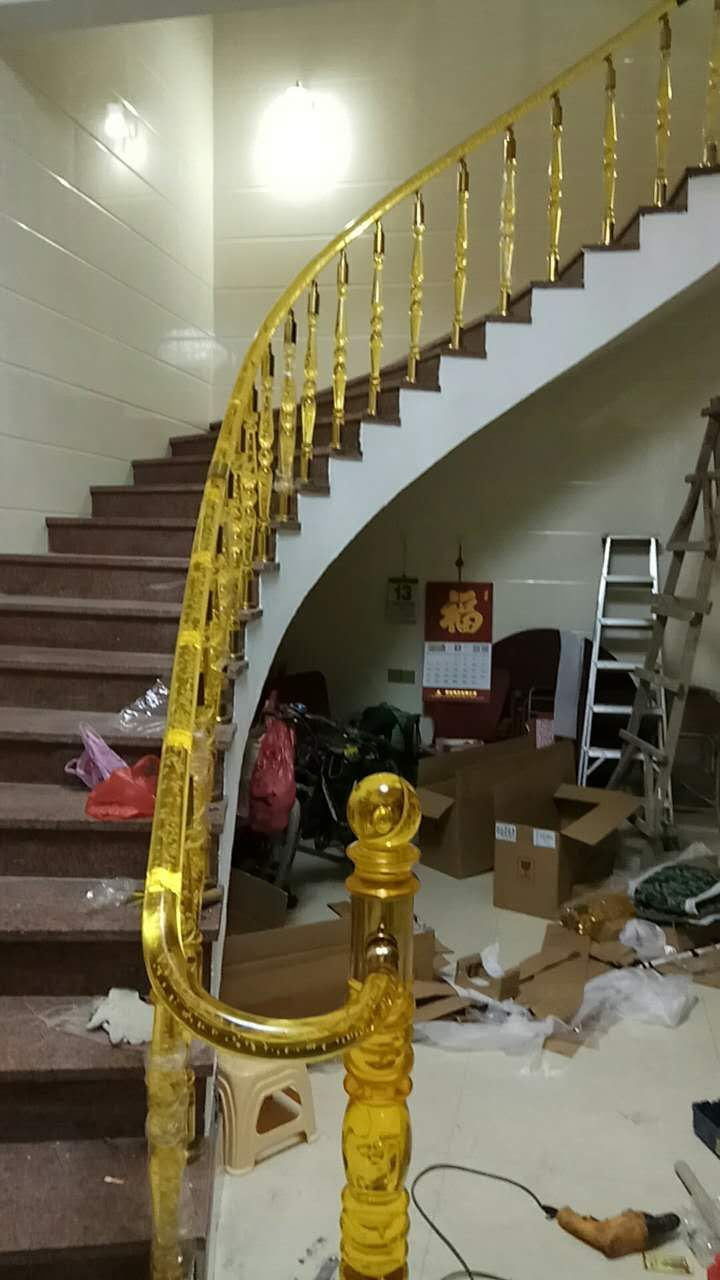 Best Acrylic Stair Railing 400 x 300