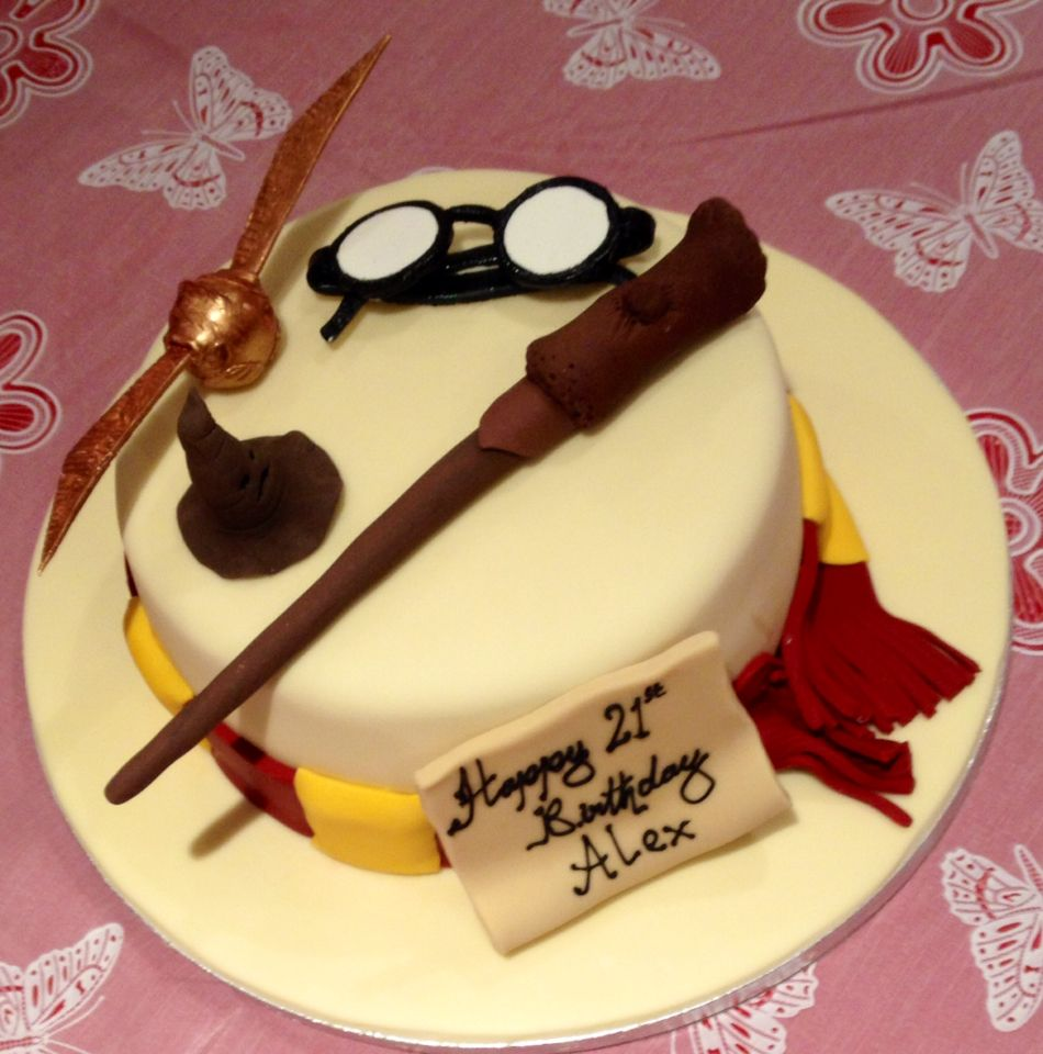 Madagascan Vanilla Harry Potter 21st Birthday Cake