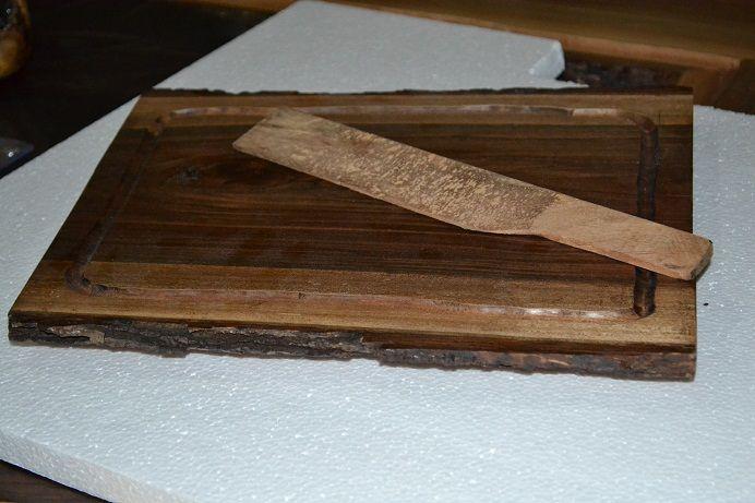 Tabla para cocina en madera de nogal y cuchillo de madera de ...
