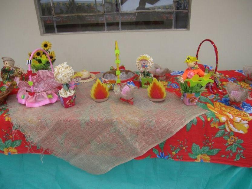 decoraç u00e3o mesa festas juninas Pesquisa Google Inspiraç u00e3o para Festas da Roça, Juninas e e  -> Decoração De São João Com Material Reciclado