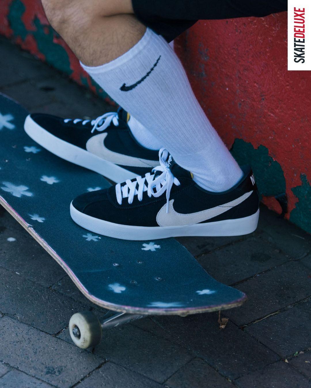 Nike SB Bruin React Shoes (black white)