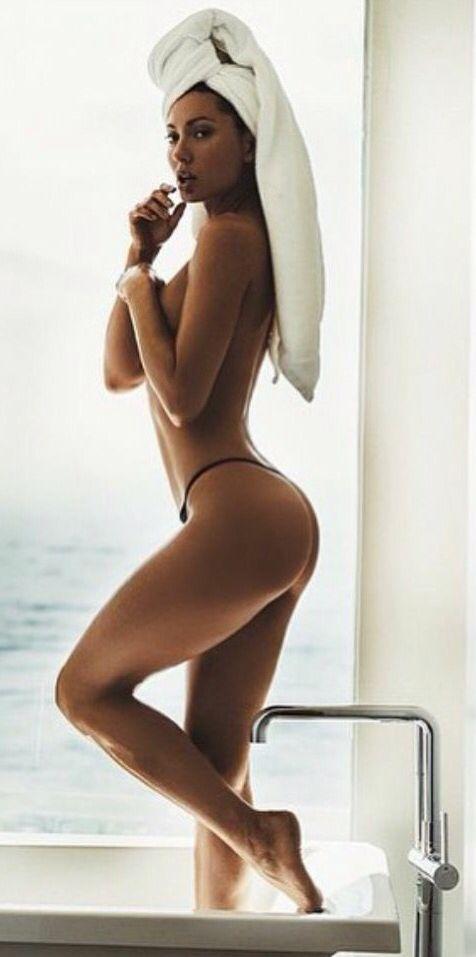 devon aoki nude with her legs spread