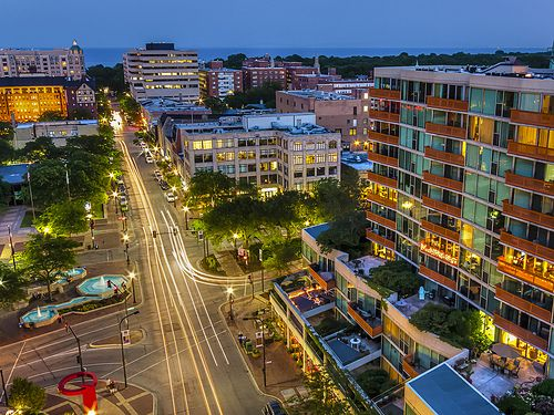 Fountain Square, Downtown Evanston | Evanston Views in 2019
