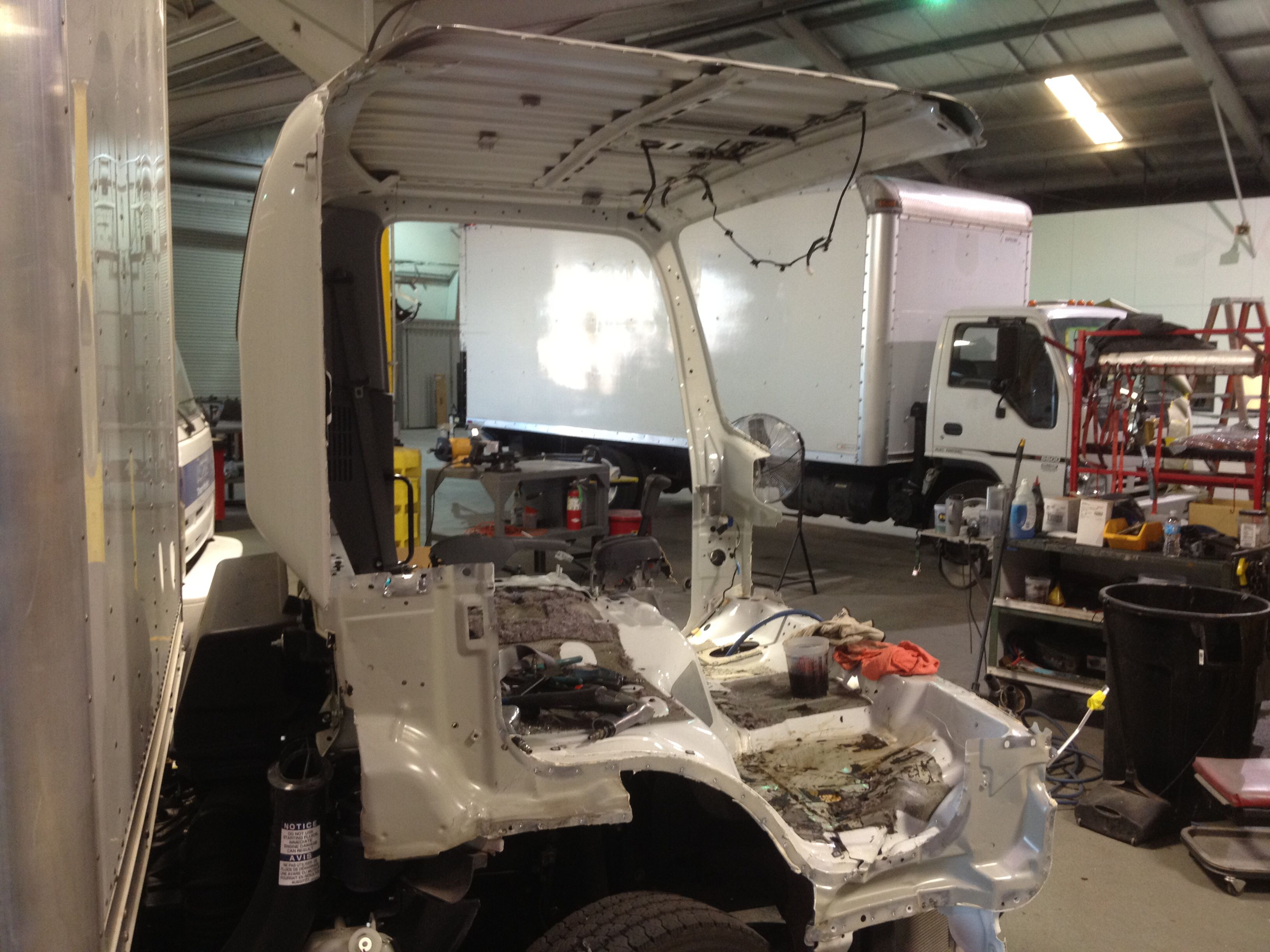 This Isuzu Npr Cab Required Extensive Repair Iptruck S Commercial Truck Body Shop Specializes In This Type Of Co The Body Shop Collision Repair Foot Painting