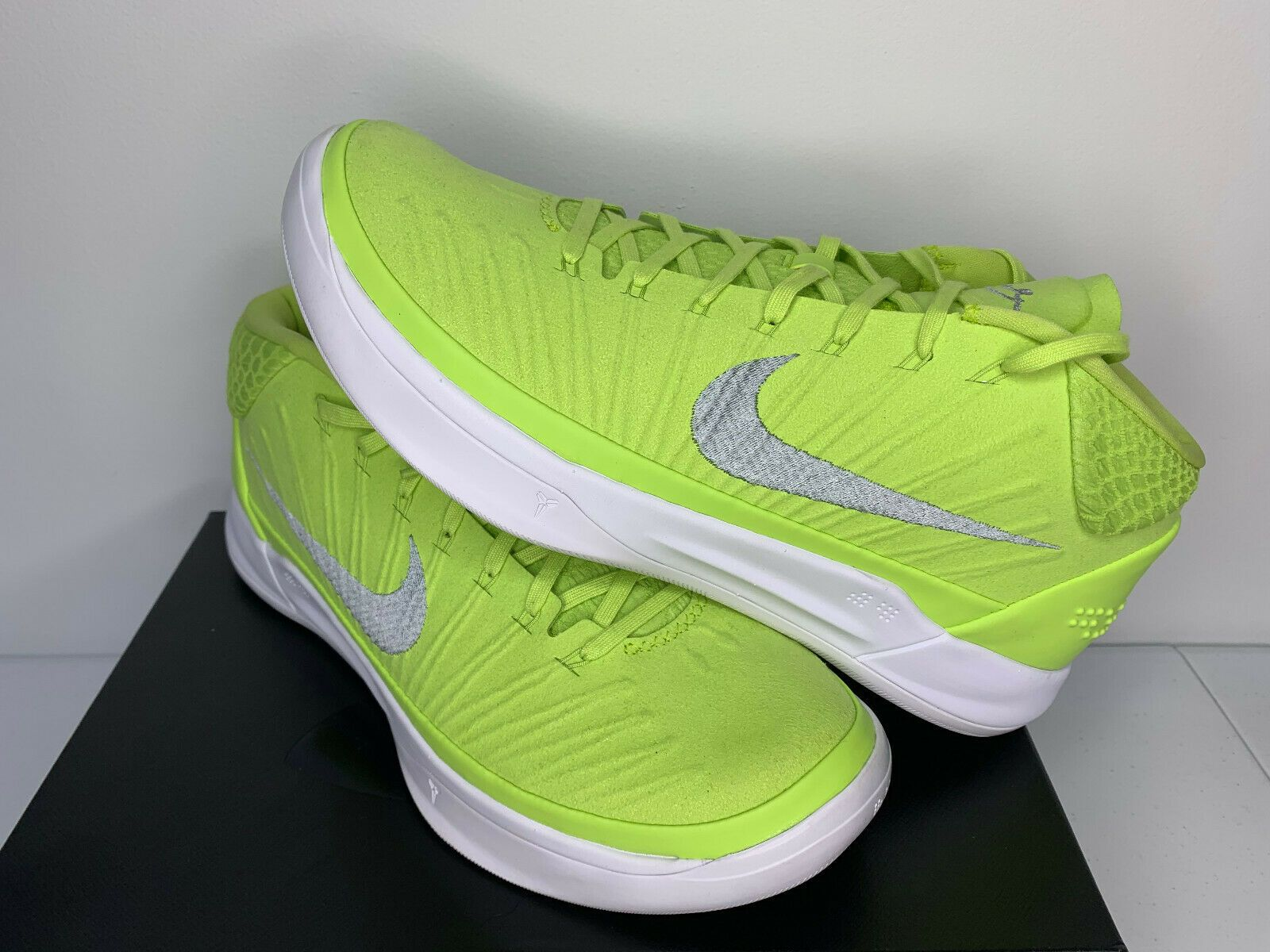 MEN Nike Kobe AD Mid TB PE LIME GREEN