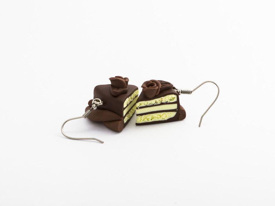 Suklaakakku, roikkuvat korvikset 16,50€