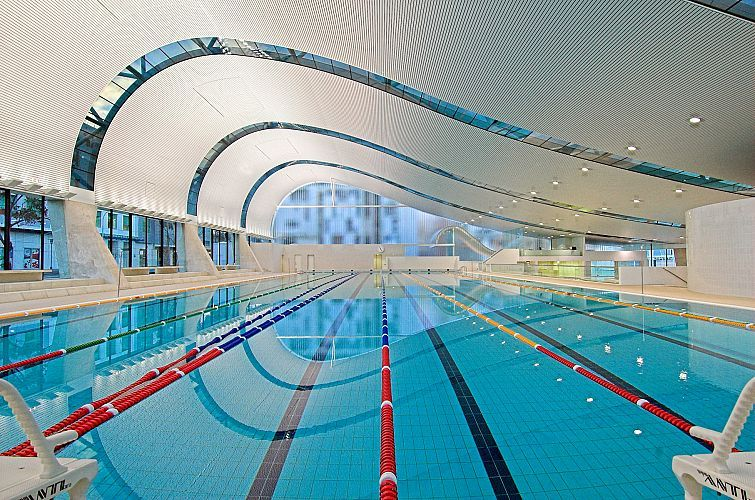 Harry seidler associates ian thorpe aquatic centre
