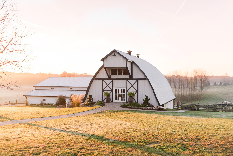 The loft at walnut hill, Bloomington Indiana wedding venue ...