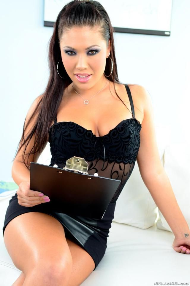 London Keyes Sexy Little Black Dresses Beautiful Asian Women London Keyes Top Girls