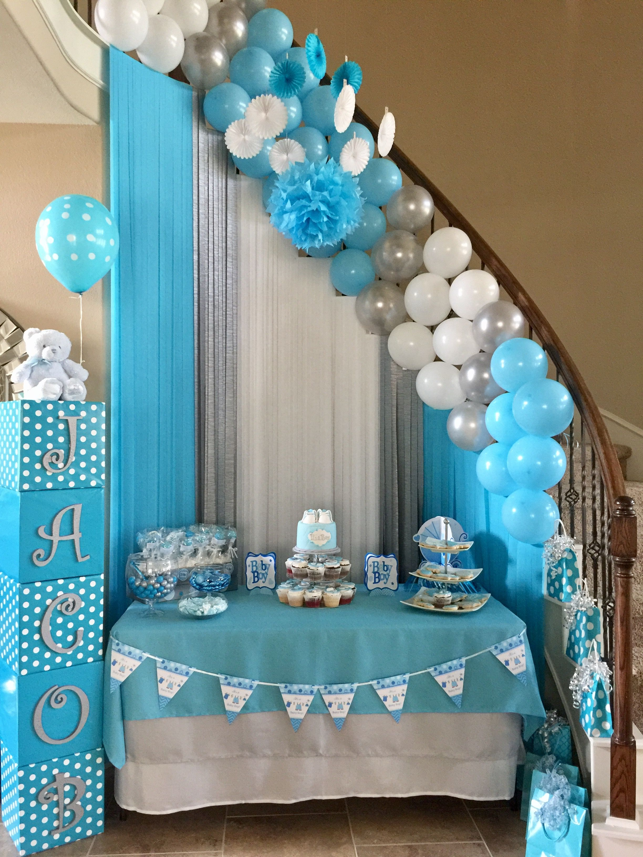 Staircase decorating op baby shower pinterest baby for Mesa baby shower nino
