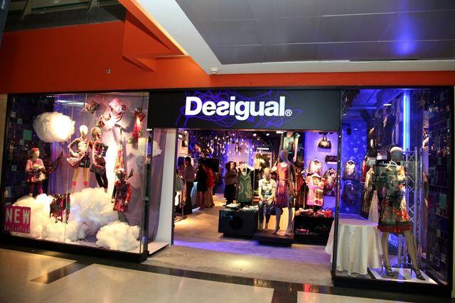desigual tiendas - Buscar con Google