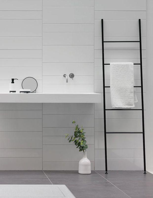 aquanova icon icon ist der leiter handtuchhalter oder der stille diener der l ssig an die wand. Black Bedroom Furniture Sets. Home Design Ideas