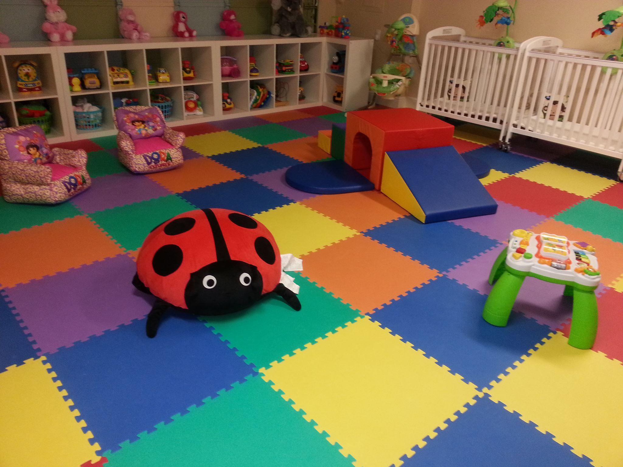 This is the infants play area. Baby playroom, Infant