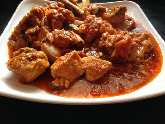 Onion tomato chicken curry gravy recipe chicken curry gravy east indian food spicy onion tomato chicken curry gravy recipe forumfinder Choice Image