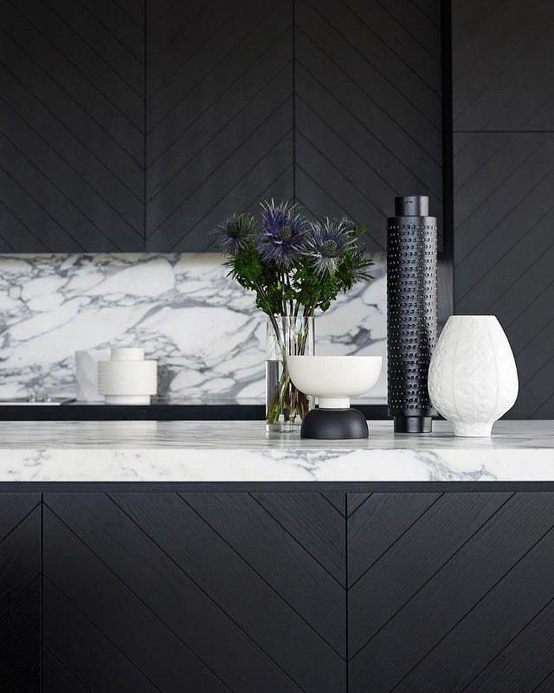 Designer Kitchen Sponges On Instagram Love The Timber Work Gregnatale Designed Kitchen Image Via Homestolovea Kitchen Marble Kitchen Images Marble Decor