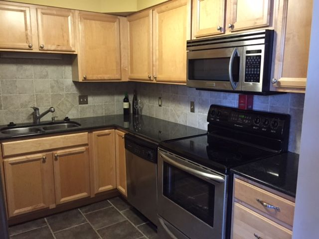 Chic Downtown Condo For Sale Sandi Downing Real Estate Condos For Sale Condo Real Estate