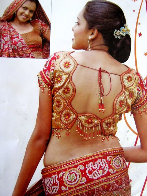 Latest Hot Saree Blouse Back Neck Designs 2014 1 Latest Hot Saree Blouse Back Neck Designs 2014