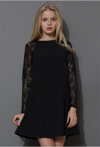 659b3950a Vestido Holgado Color Negro con Panel de Encaje y Crepé