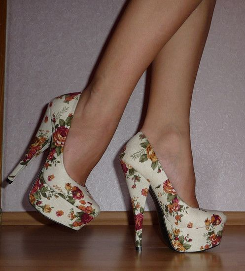 The height looks like it would kill me. But the cream floral is so pretty.