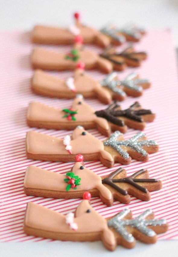 (Video) How to Decorate Christmas Cookies - Simple Designs for Beginners | Sweetopia -   16 gingerbread cookies decorated simple ideas
