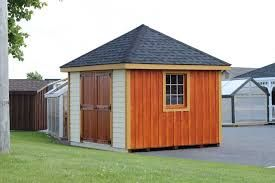 2 - Hip/hipped - This hipped roof is making a pyramid ...