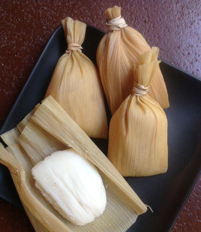 Simple tamales for when you're in a rush...: Hallaquitas - Quick Venezuelan-style Tamales