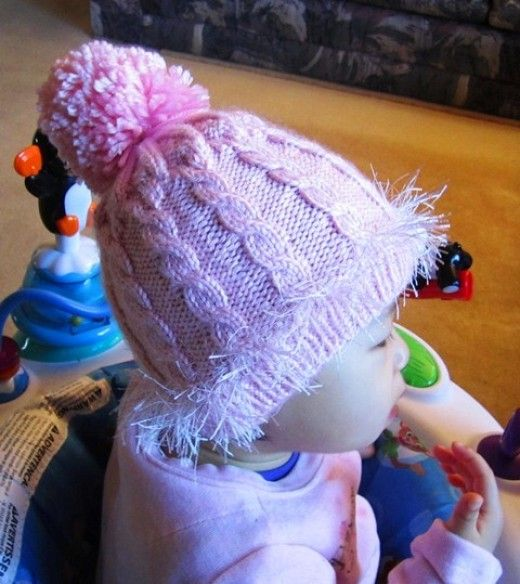 How to Knit a Cabled Baby Hat With Double-Point Needles: Free Pattern