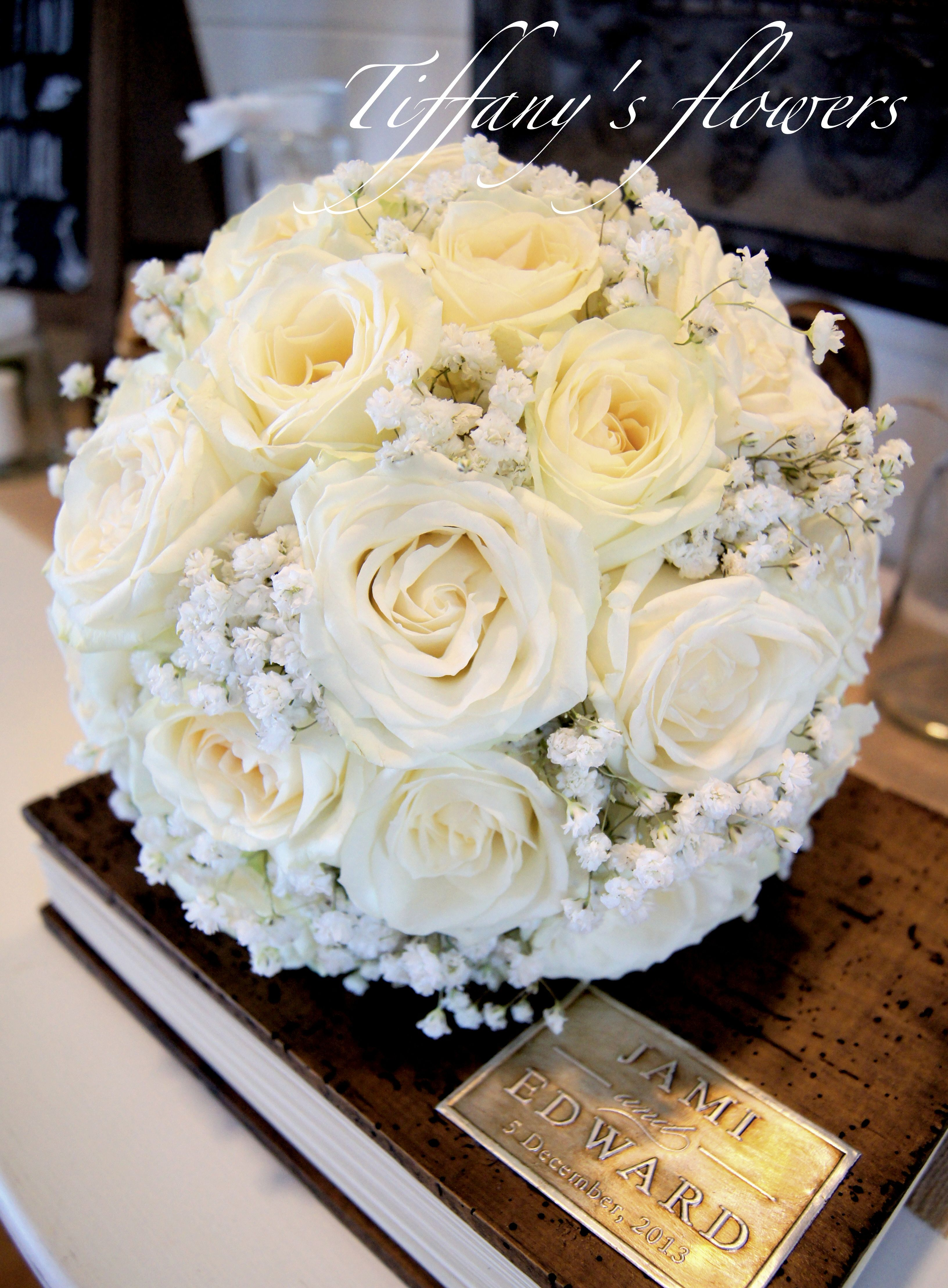 A Classic Ivory Roses Babys Breath Just Beautiful Designed By Tiffanys Flowers