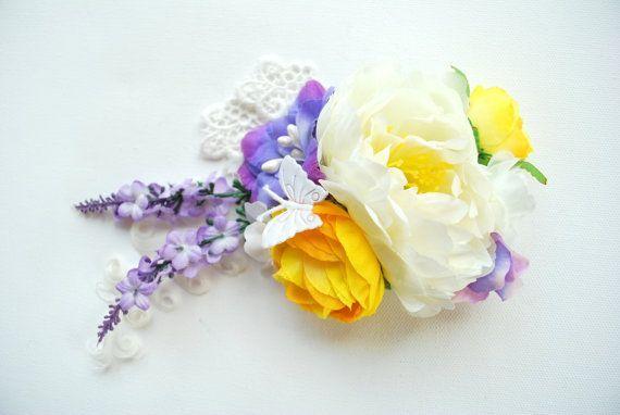 Weiße Pfingstrose Braut Blumen Haare kämmen, Lavendel gelb weiße Hochzeiten Braut Accessoire, Lavendel gelbe Braut Blume, Brautjungfern - #Accessoire #Blume #Blumen #Braut #Brautjungfern #Gelb #gelbe #Haare #Hochzeiten #kämmen #Lavendel #Pfingstrose #Weiße #brautblume