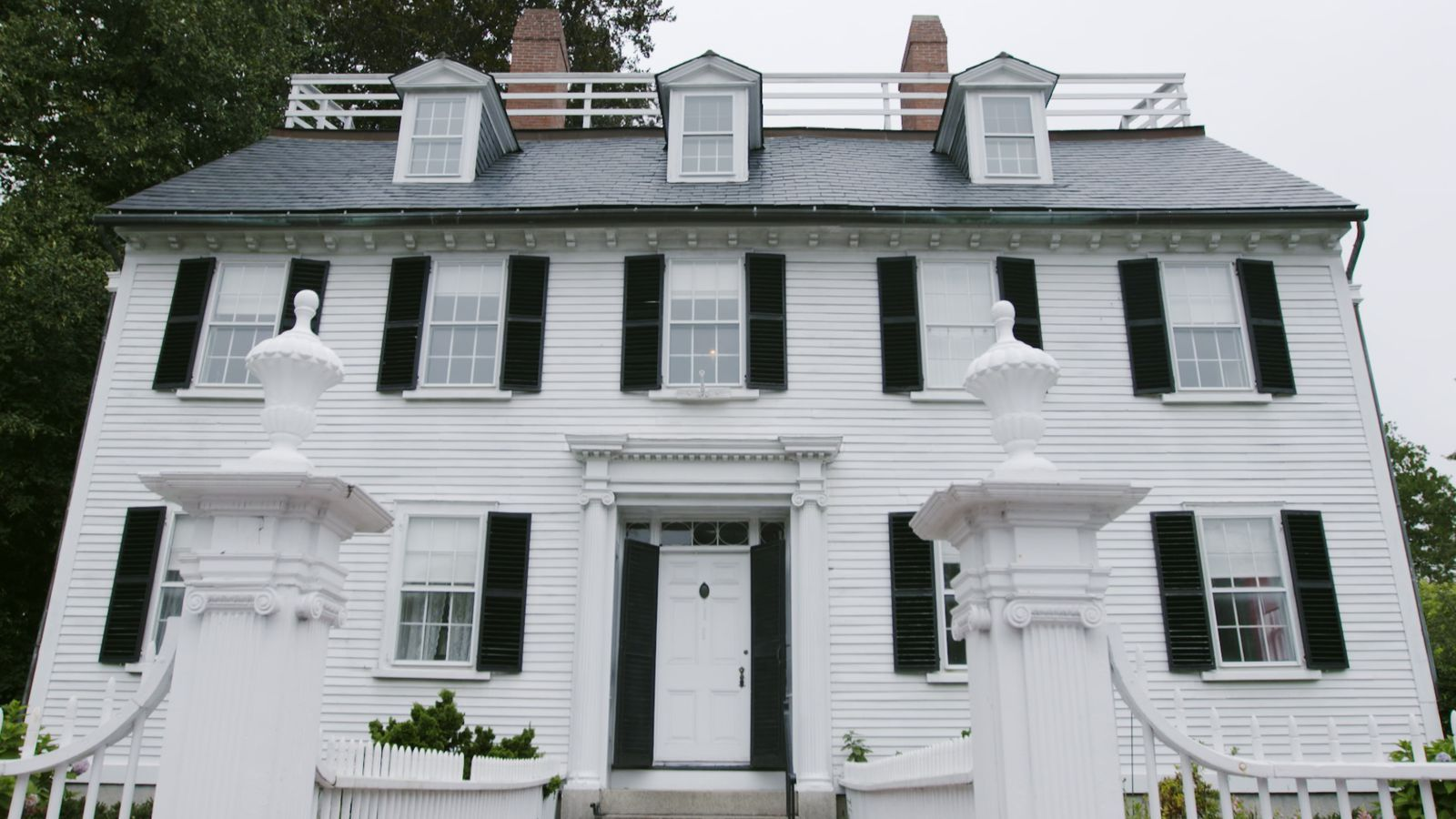 You Can Actually Visit Allison's House From 'Hocus Pocus