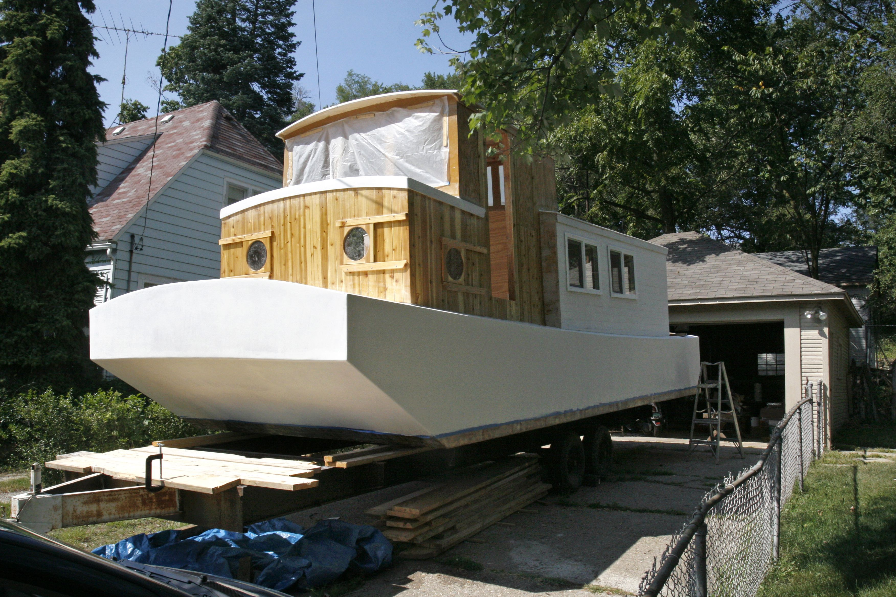 Kalamazoo Man Isn T Noah But He S Building A Boat In His