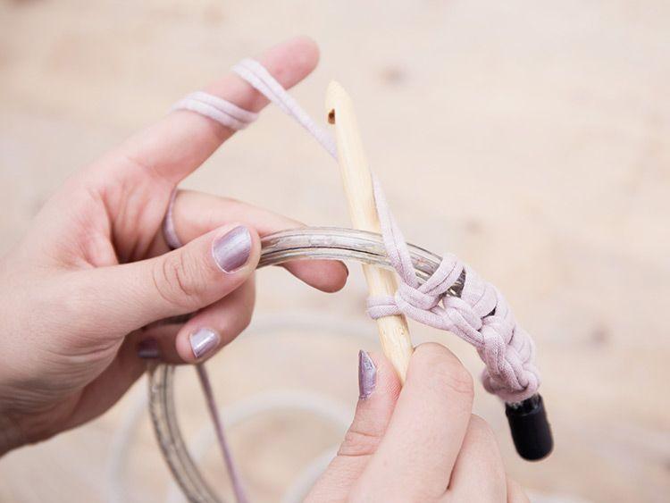 Tutorial fai da te: come realizzare un tappeto crochet con
