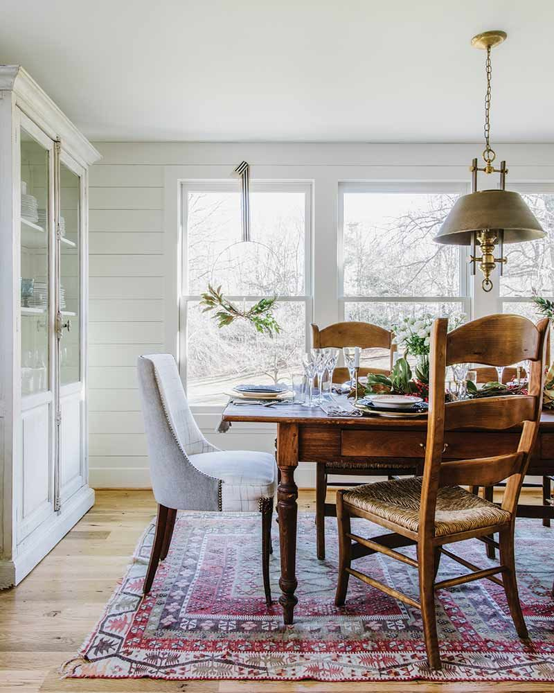 We Found Your Dream Farmhouse And It S Decked In Holiday Charm Farmhouse Dining Room Dining Room Design Family Room Design
