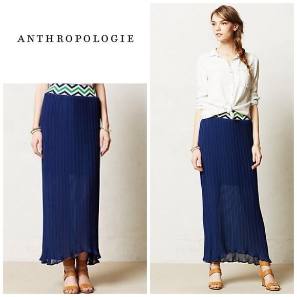 Anthropologie Patula Maxi skirt Size m and will fit a size 6-10. Retailed for $128. Will bundle for 10% off . Specs on pic 2. Skirt is in excellent condition . Anthropologie Skirts Maxi