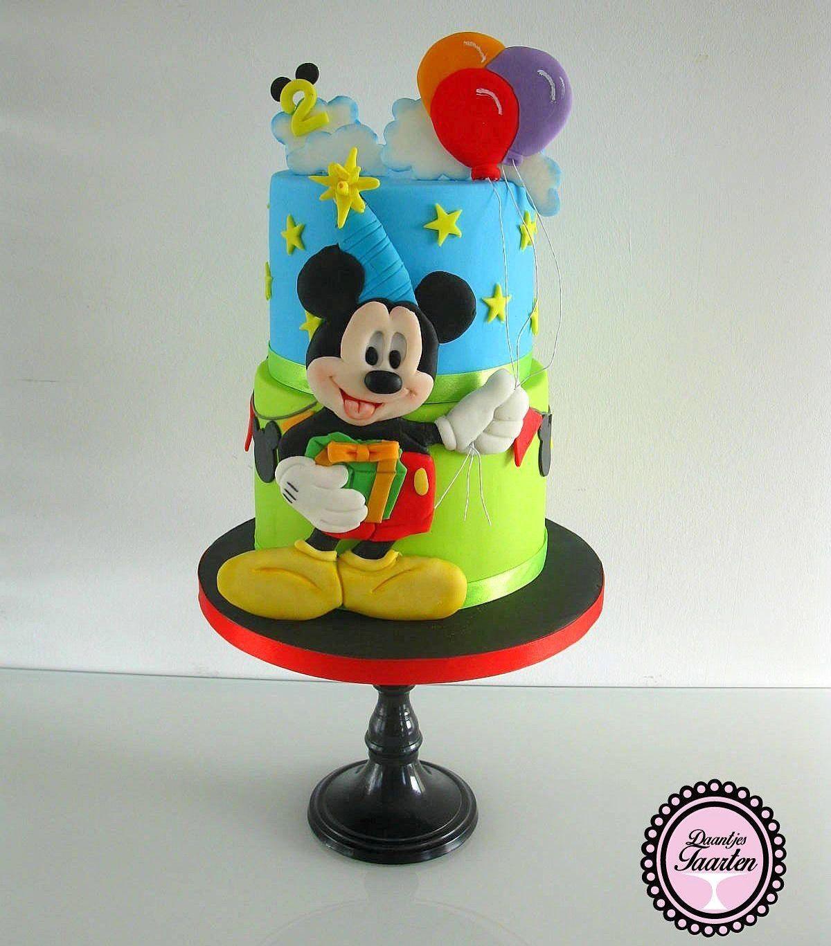 Mickey mouse cake mickey mouse cakes pastel de mickey for Decorare la stanza di minnie e topolino