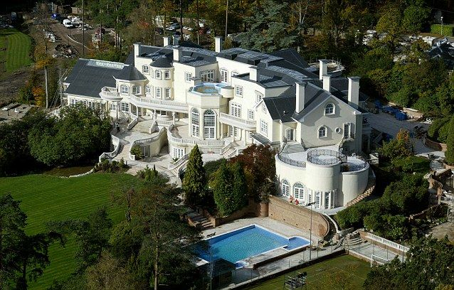 A Very Big House In The Country Most Expensive Uk Home Outside
