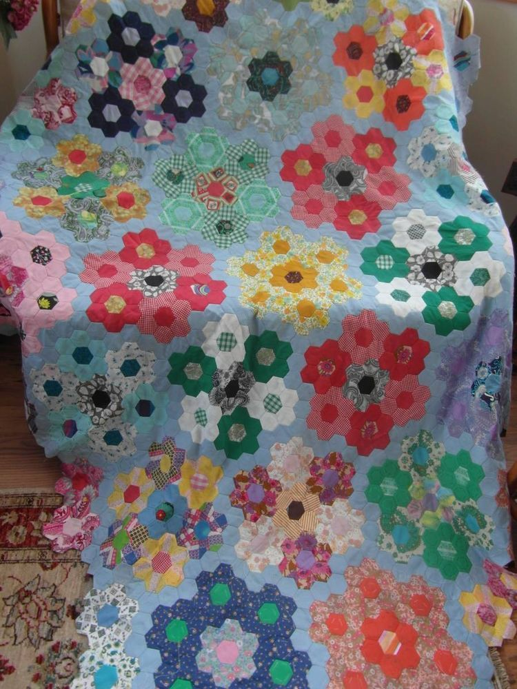 luvable friends printed fleece blanket birds hexagons n hen n hprojekte handarbeit. Black Bedroom Furniture Sets. Home Design Ideas