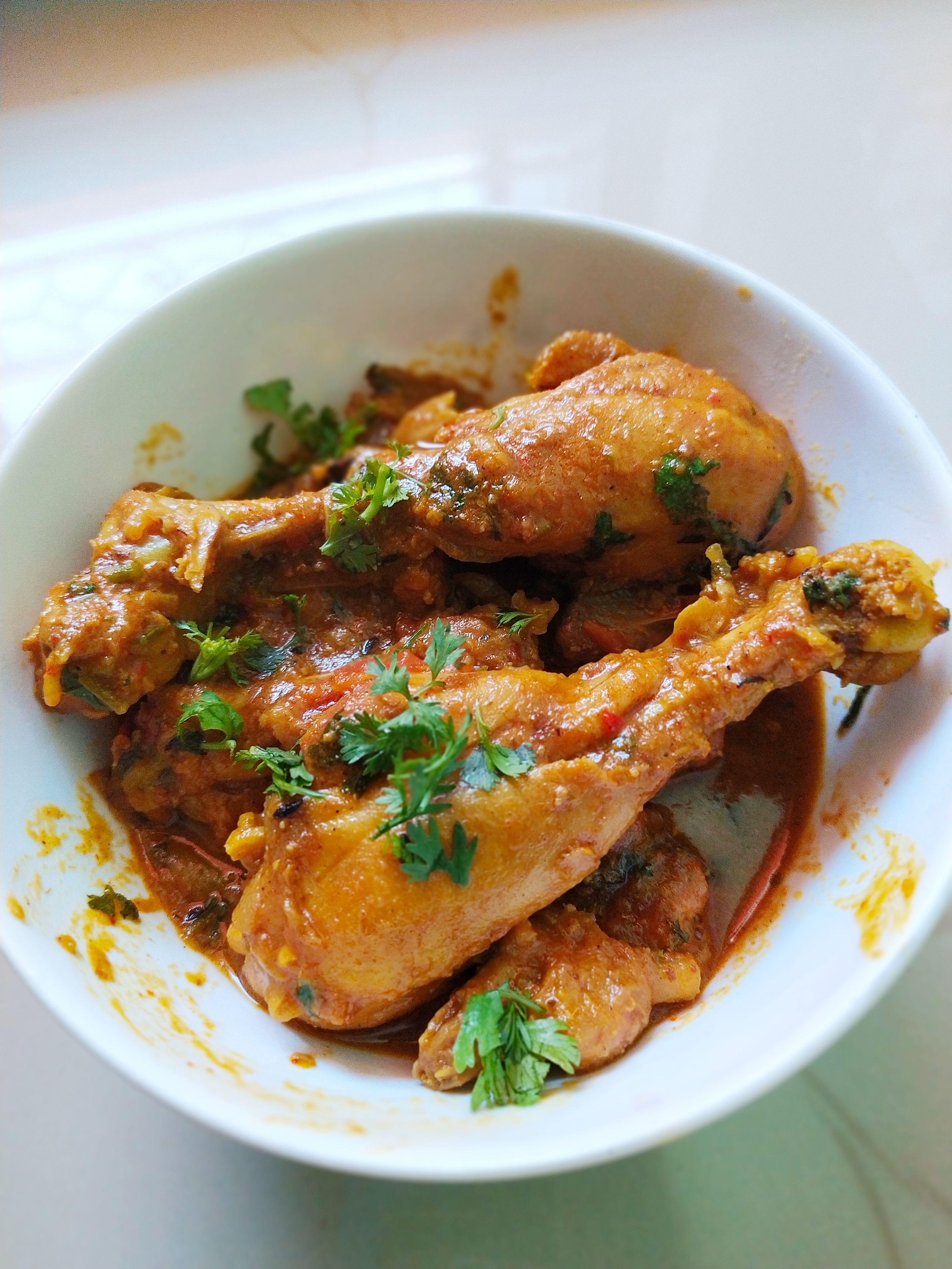 Spicy Chicken Kosha Recipe Bengali Chicken Curry Kfc Recipe Recipe Curry Chicken Recipes Recipes Mexican Chicken Recipes