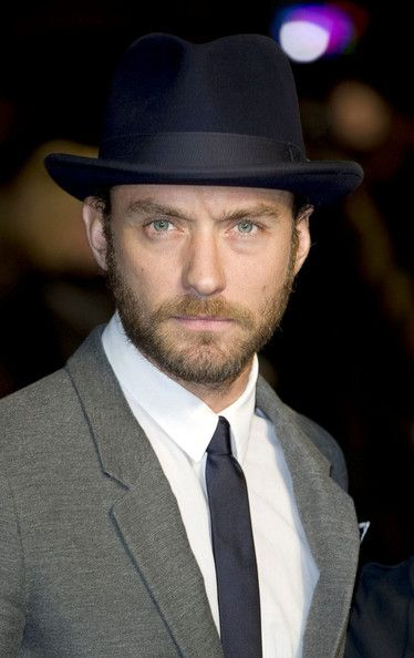 b41a31582 Jude Law Fedora in 2019 | Men's Fedora | Jude law, Mens fashion ...