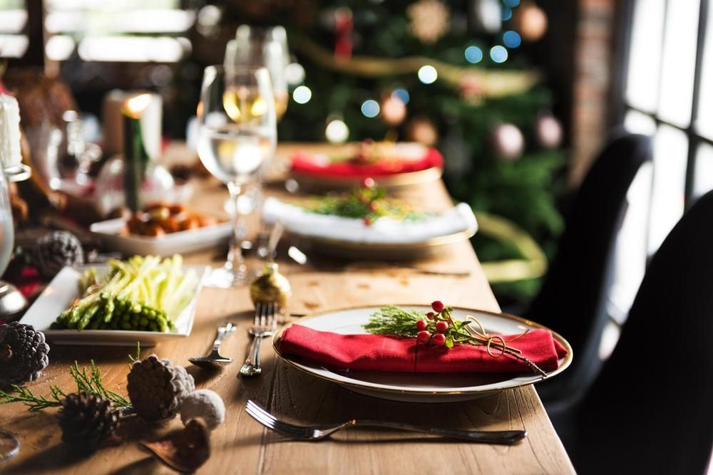 foto: Profimedia in 2020 | Family dinner table, Holidays dishes