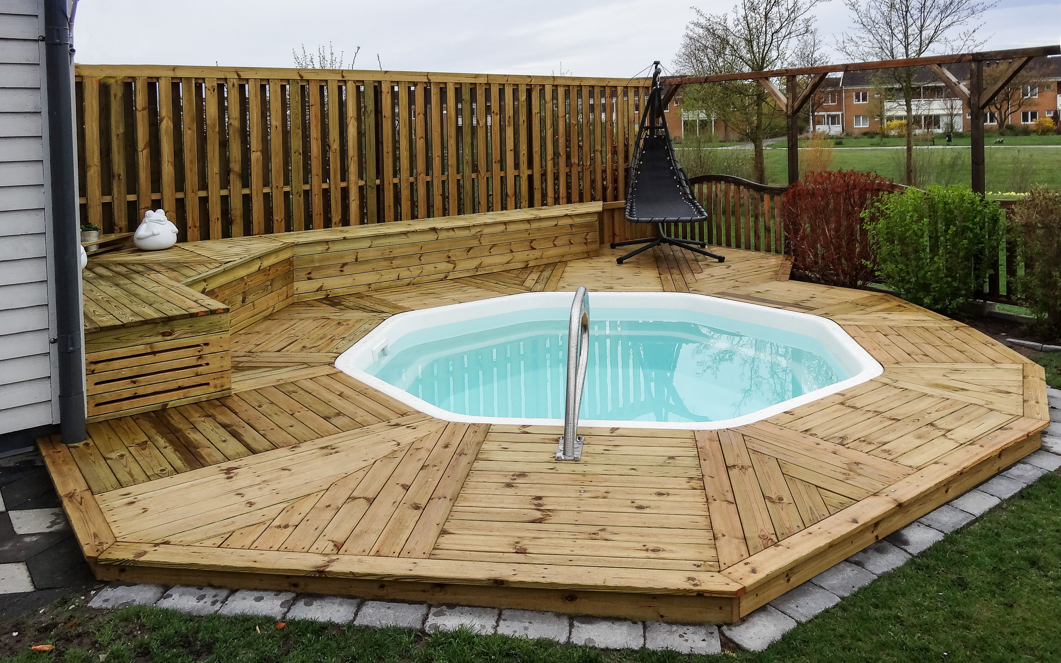 Unique Wood Decks for Above Ground Pools
